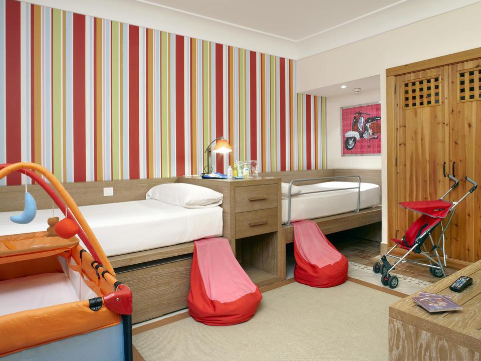 Royal_Kiko_Suite_Children_Bedroom