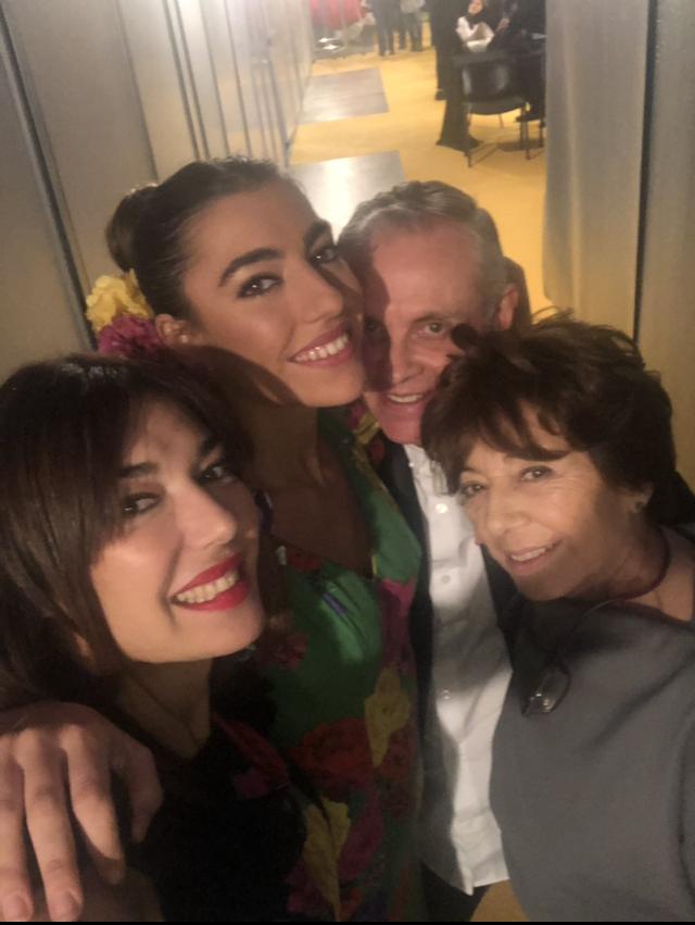 En backstage con Claudia antes del desfile de Pilar Vera