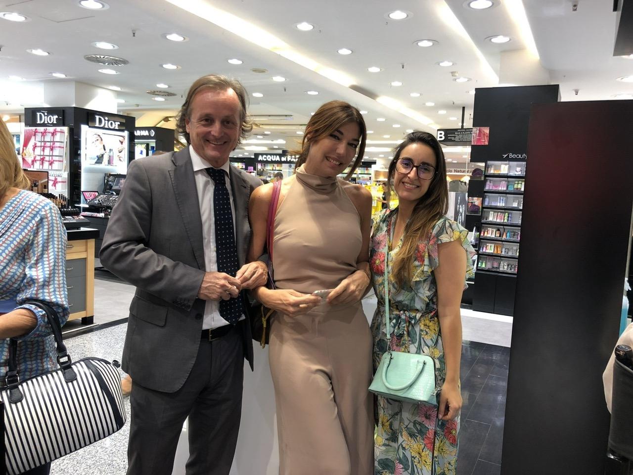 Con nuestro anfitrión Fernando Murube de El Corte Inglés y Rocío Ponce de BulebarSur