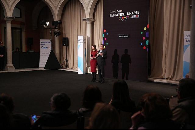 Presentando el evento junto a Antonio Pulido, presidente de la Fundación Cajasol