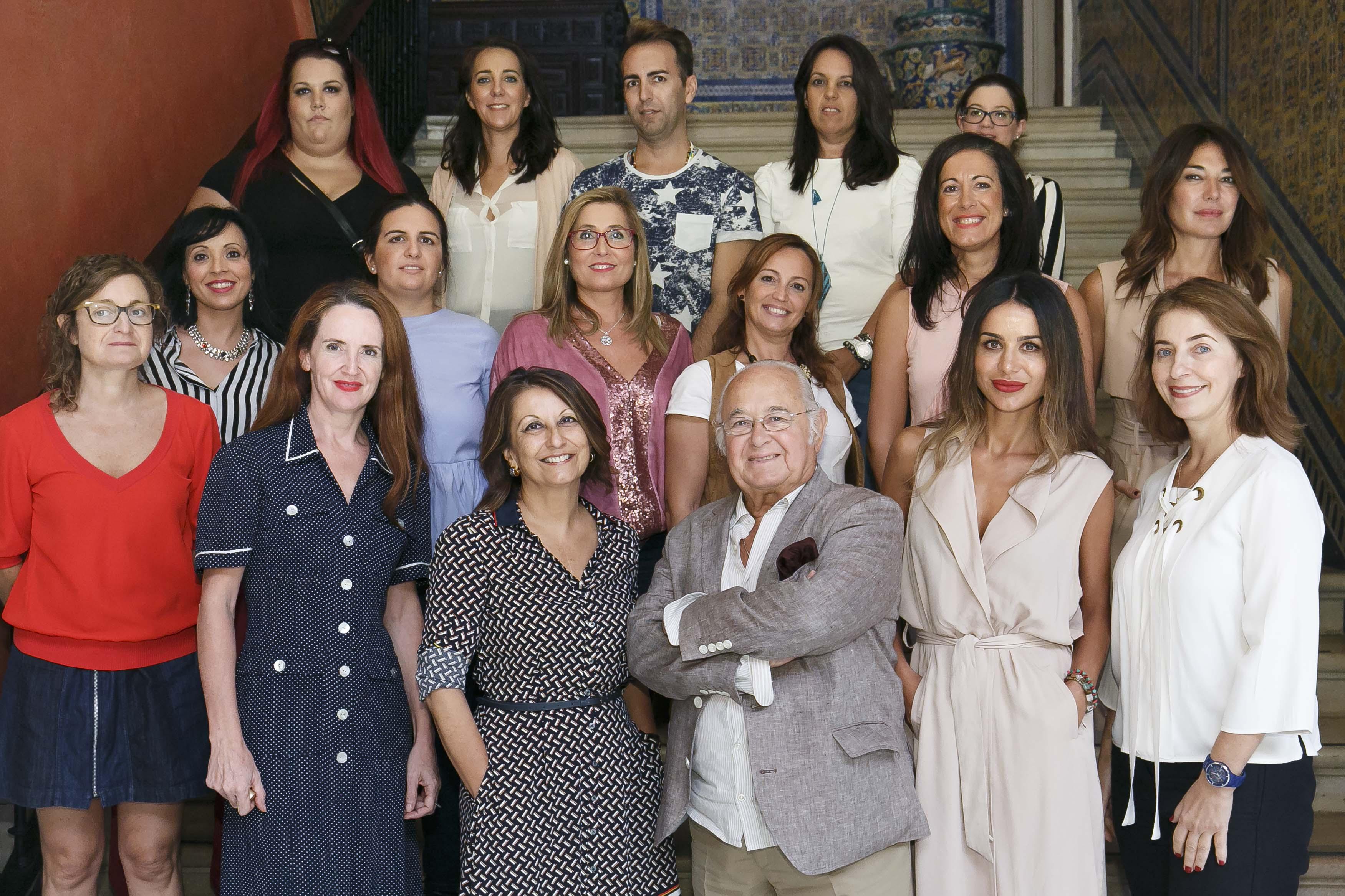 Comisión de Expertos y participantes del II Concurso de Emprende Lunares